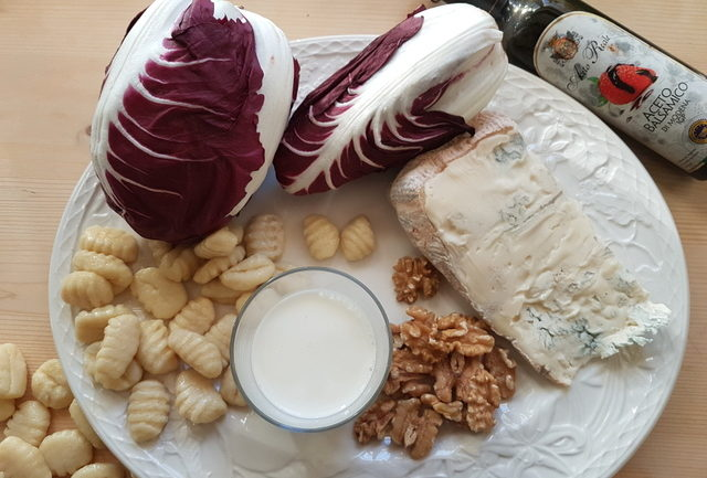 ingredients for gnocchi Gorgonzola and radicchio