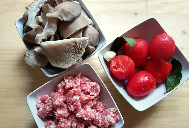 sausage meat, tomaoes and mushrooms prepared for homemade cavatelli pasta with oyster mushrooms and sausage recipe