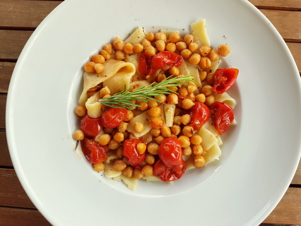 Lagane with chickpeas.pasta recipe from Calabria