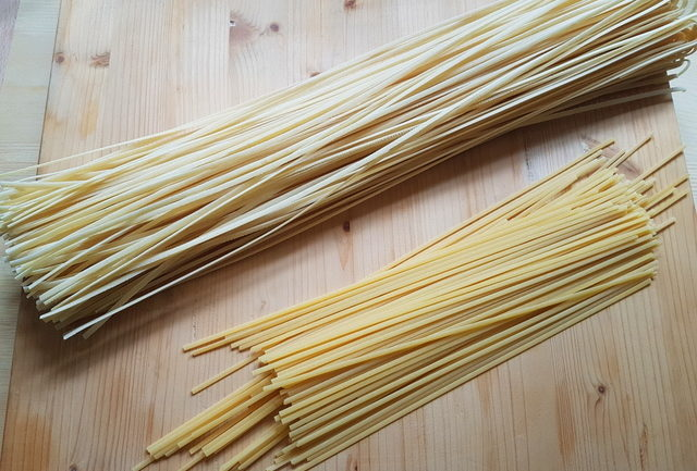 long and short linguine pasta