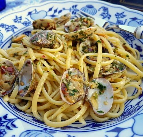 Ricetta Vongole Spaghetti.Linguine Pasta Alle Vongole Linguine With Clams The Pasta Project