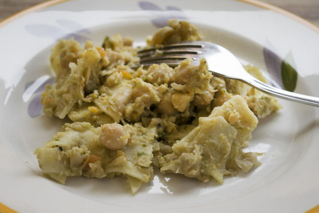 maltagliati pasta with chickpea sauce