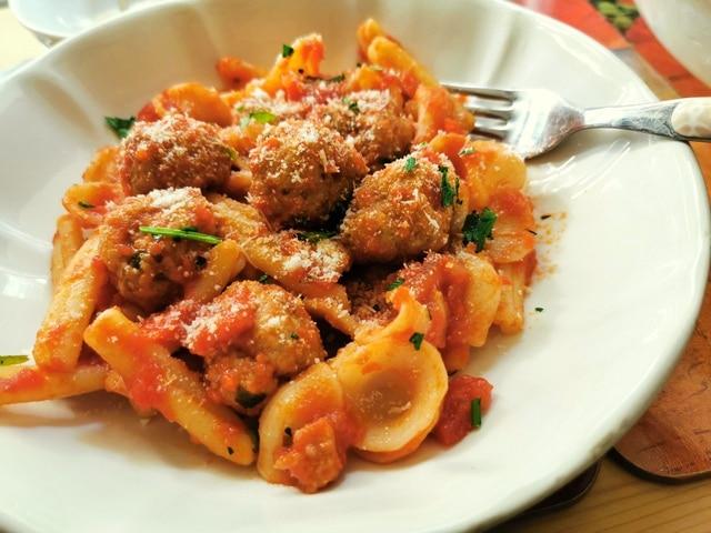 orecchiette with meatballs pasta recipes from Puglia