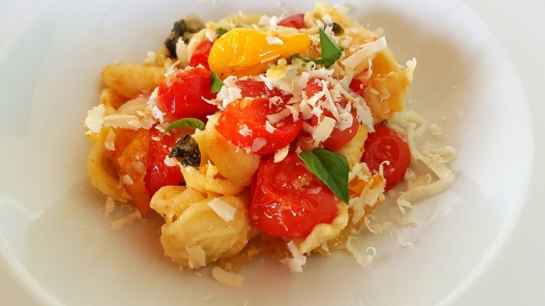 orecchiette pasta with roasted tomatoes
