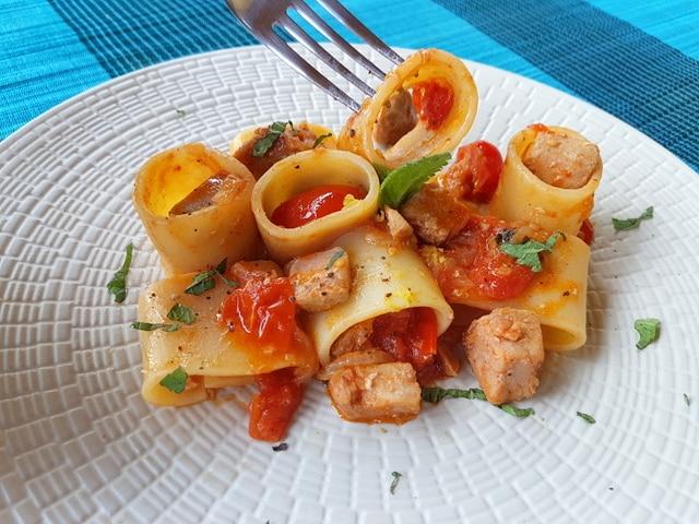 paccheri with fresh tuna ragu