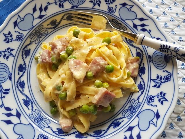 pasta alla papalina recipe from Rome