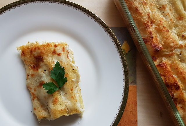 Cannelloni with potato and porcini.
