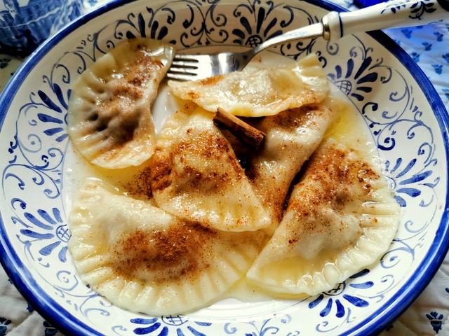 prune and fig sweet ravioli