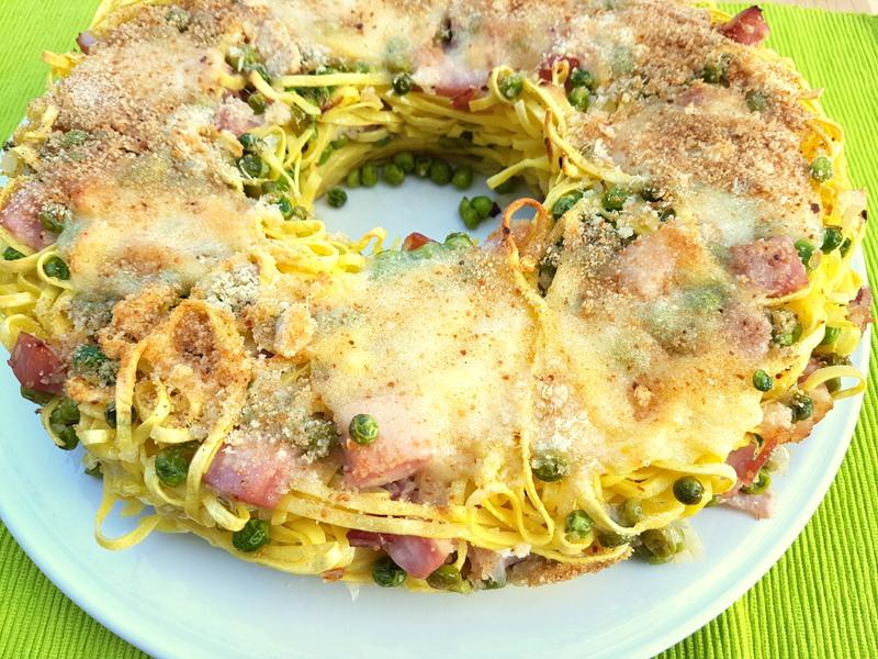 Tagliolini pasta pie recipe from Naples.