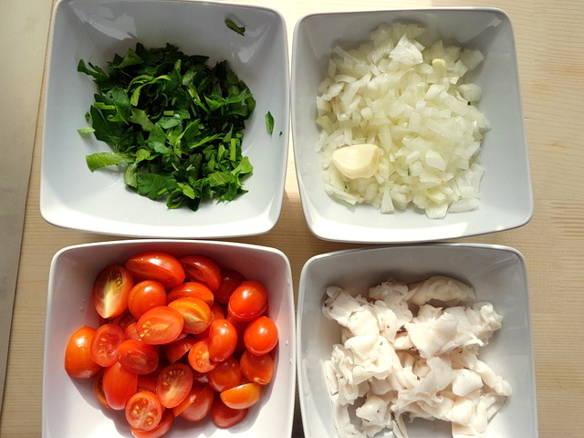 prepared parsley, onions, tomatoes and lardo each in separate white bowl